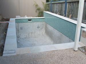Poolside_2007_015